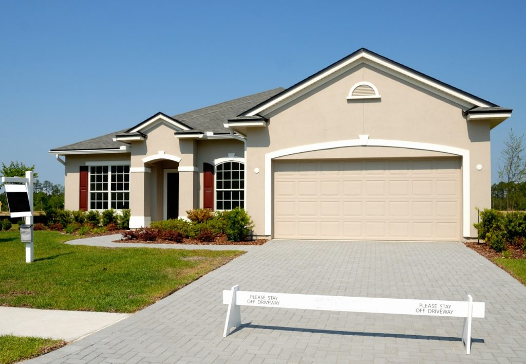 credit score needed to buy a house in florida